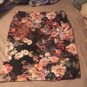 Floral Stretch Pencil Skirt